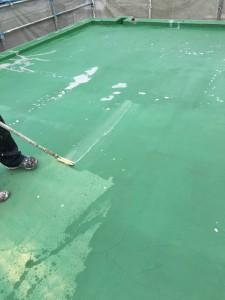 ベランダ・床防水下塗り施工中